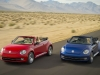 2013-volkswagen-beetle-cabriolet-blue-and-red