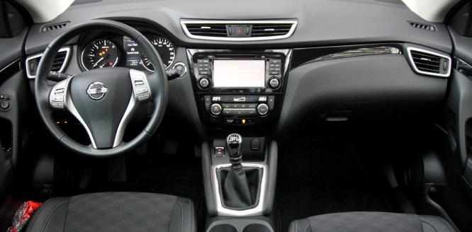 Test-Nissan-Qashqai-16-dCi-96kW-ALL-MODE-4x4-i-p3