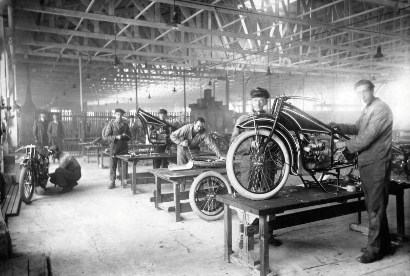oslava-bmw-100-let-motorky