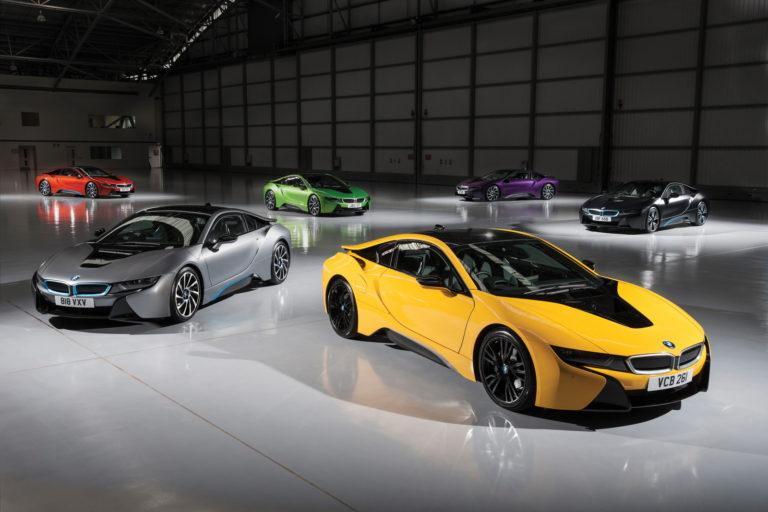 BMW i slaví za tři roky na trhu 100 000 elektrifikovaných vozů na silnicích