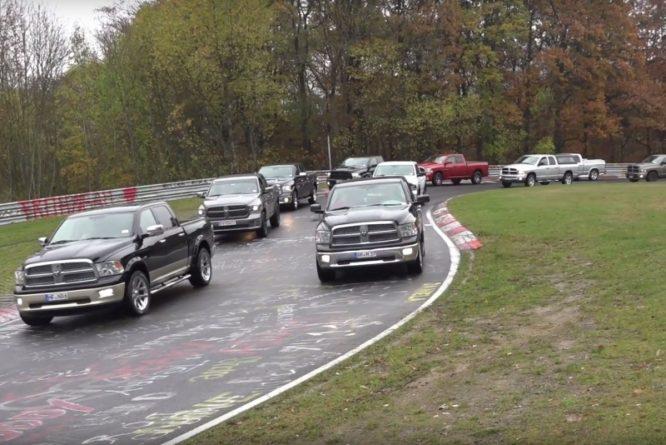 Na Nurburgring se sjela více než tisícovka Dodge Ram – video