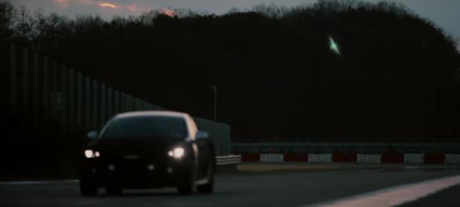 Kia odhaluje druhý teaser na svůj nový sportovní model – video