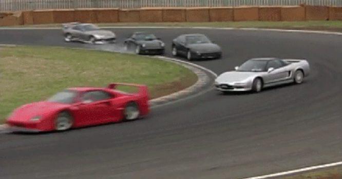 F40, Supra, NSX a další supersporty v dobovém lítém boji na okruhu – video